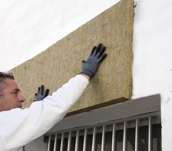 Placement of the rock wool board